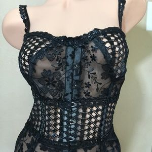 M Victoria's Secret DESIGNER COLLECTION Corset Med